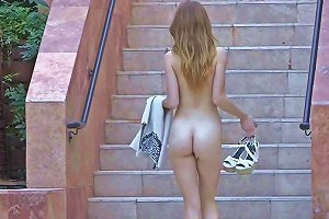 Teen Babe Toying Her Hot Pussy Outside In High Heels